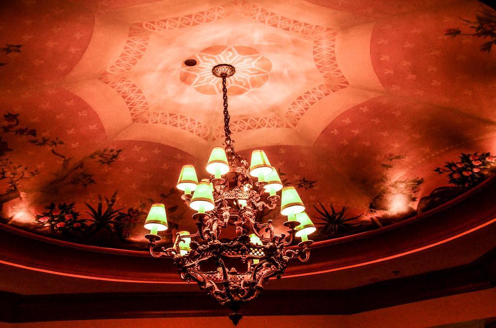 V&A chandelier