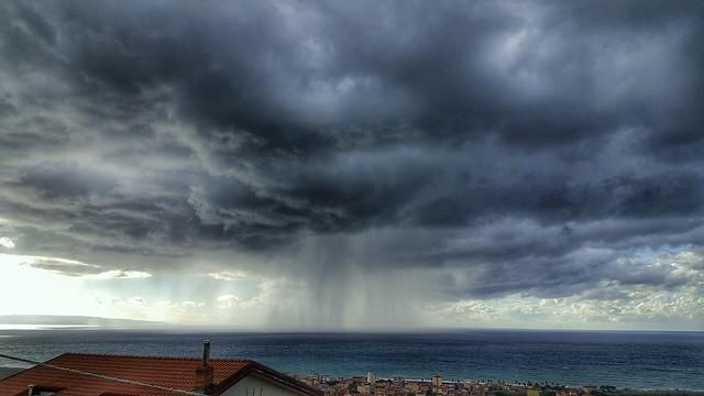 #Temporale  #Calabria #falerna #dicembre #pioggia #mare #truecolors #nofilters #hdr