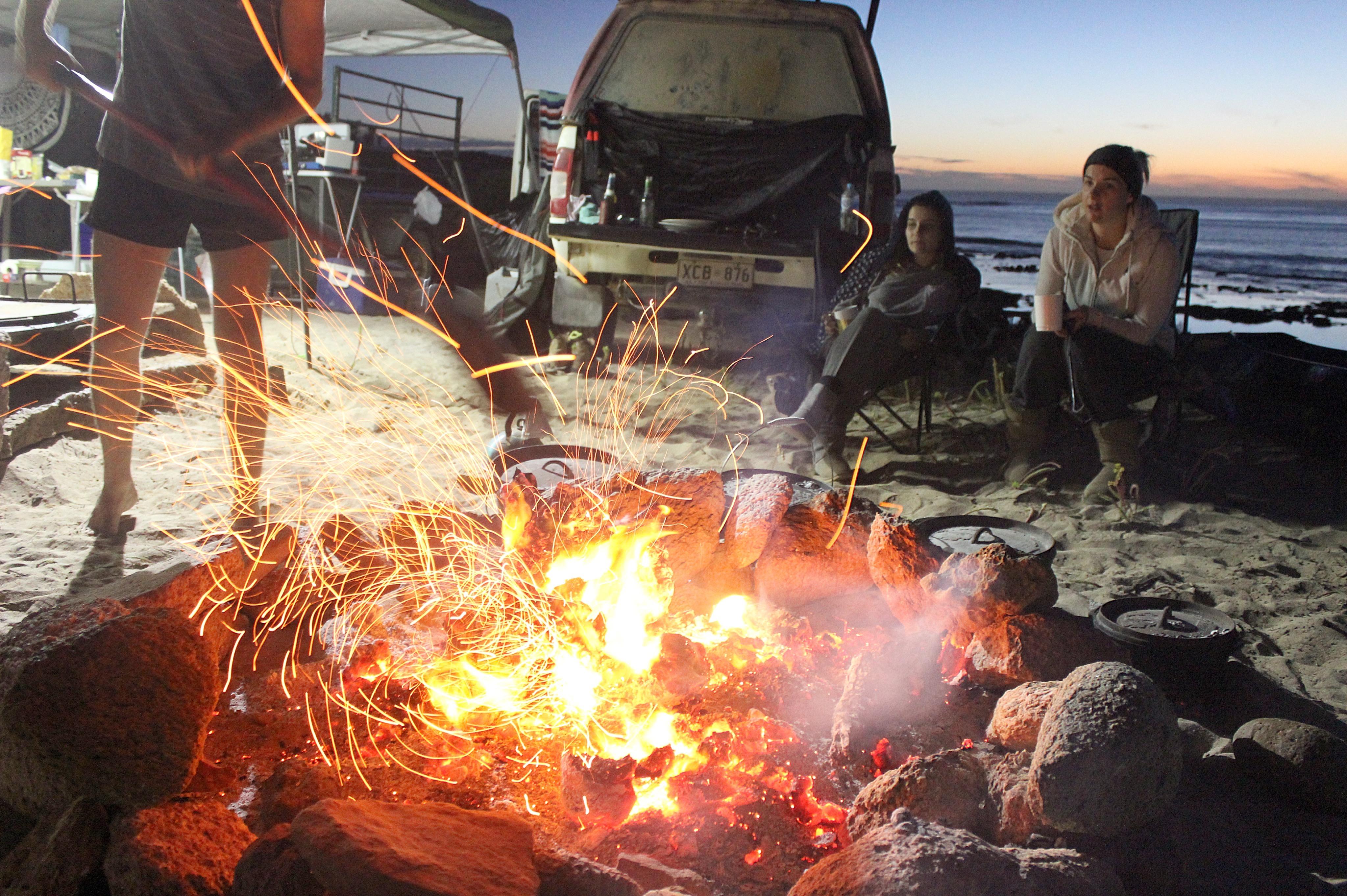 Campfire, SA