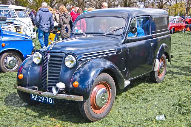 Renault Camionnette 1950 (1681)