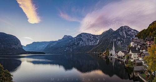 hallstatt oberösterreich china lake reflection morning color sky clouds town landscape mountains alpen austria