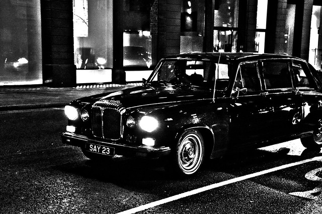 DSC_1955 B&W Shoreditch London Great Eastern Street Daimler limousine DS420 SAY23