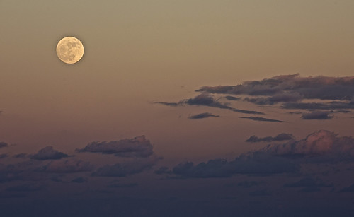 arloguthrie nikond810 nikon20005000mmf56 moon moonrise indianriver sebastianfl sebastianinlet thecrabhouse