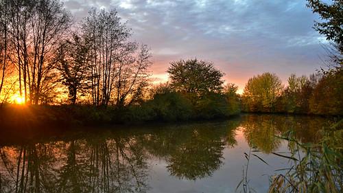 schöpfwerkzubringer ilauscheegraben drainage canal lasrönne drage ilmenau sonnenuntergang sunset herbst