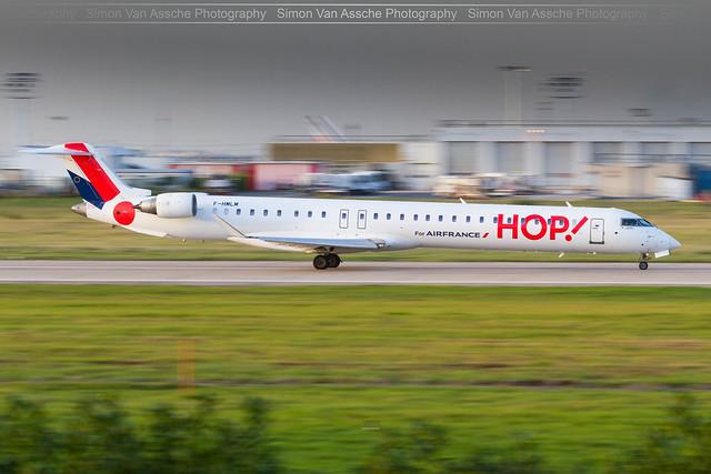 HOP Bombardier CRJ1000 ( F-HMLM ) @ Paris ORY