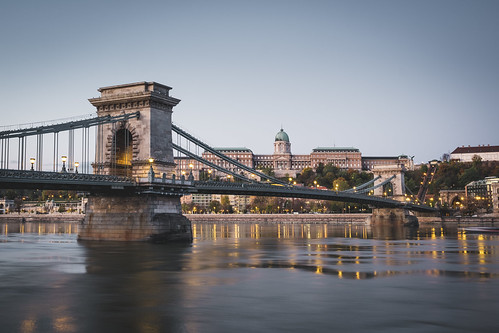 hungary castle fujixpro2 sunrise bridge travel danube buda city river europe budapest light hu