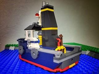 Remolcador / Tugboad based on Creator 31045 | by marc-entrega