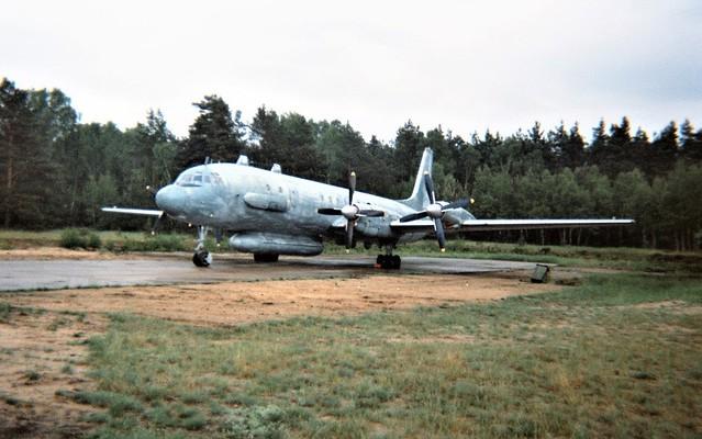 Il-20 20/RED c/n 173011502 226-OSAP Russian-AF/ VVS, Sperenberg flugplatz, Germany. 27 May 1994.