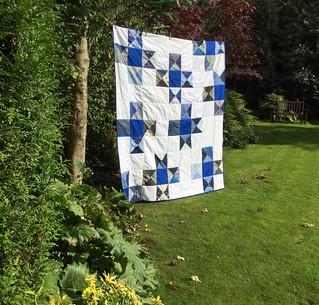 ST Bee 2 - no 2 hourglass quilt.