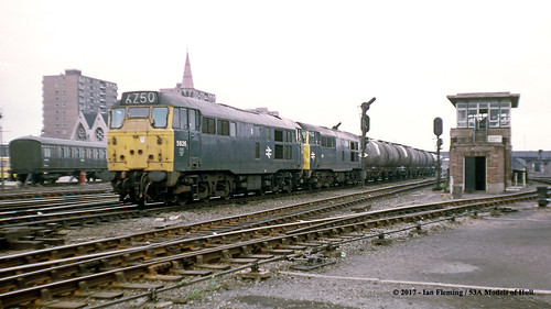 britishrail class31 5626 5621 31202 d5626 d5621 31197 31423 diesel freight doncaster southyorkshire train railway locomotive railroad