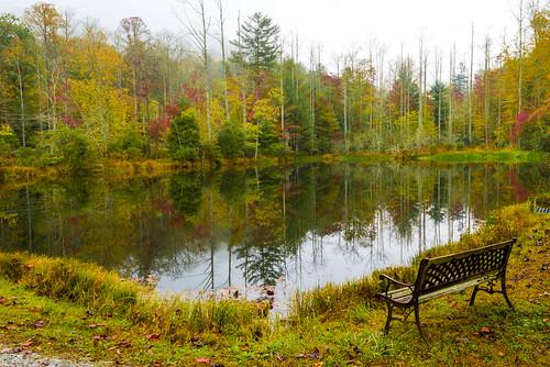 fall autumn transylvaniacounty nc northcarolina lake reflection eastatoe water