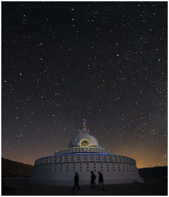 Leh Shanti Stupa  0011
