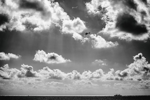 7milebeach cayman caymanislands grandcayman sevenmilebeach beach clouds vacation westbay ky fav10 fav25