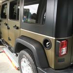 referenzen-jeep-folierung-matt-logo-werbung-emden