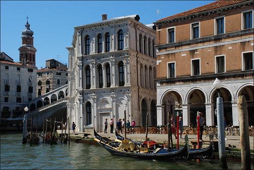 2017 venecia venezia italia italy góndola canal agua water barcas patrimoniodelahumanidad worldheritage boat europeanunion