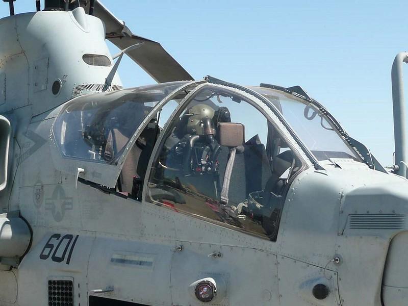 Bell AH-1Z Viper 9