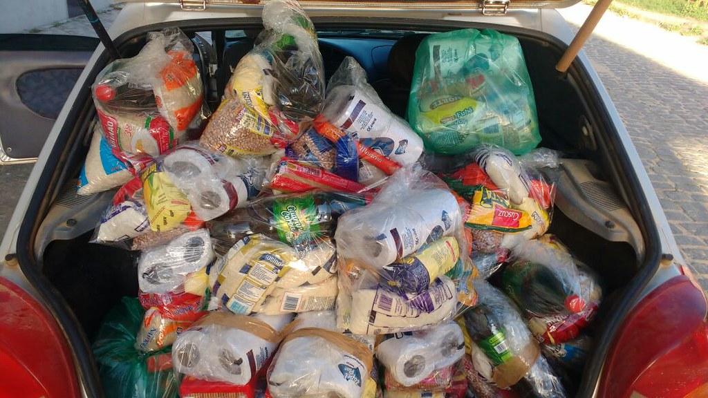 campanha de doação de alimentos dos motaxistas de itamaraju (1)