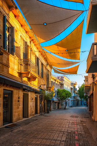 ledrastreet nicosia cyprus lefkosia onasagoroustreet bluesky buildings architecture street morning sunrise