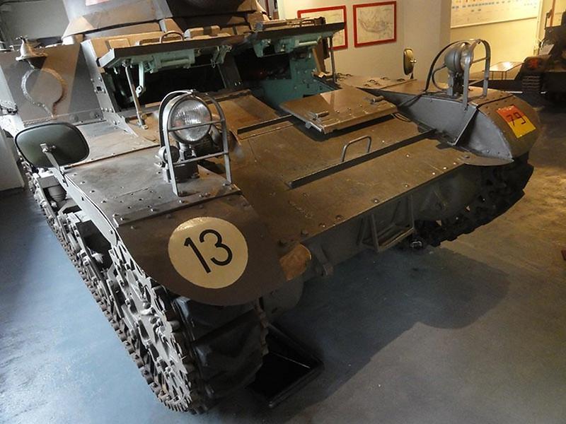 M3A1 Stuart  25