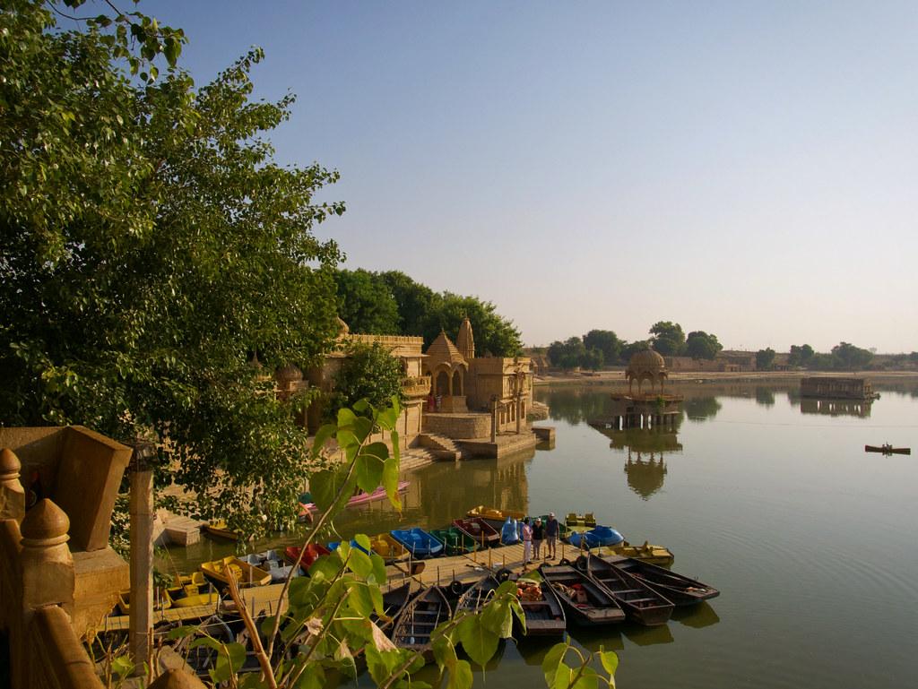 jaisalmer, rajasthan, gadisar lake, www.azexplained.com