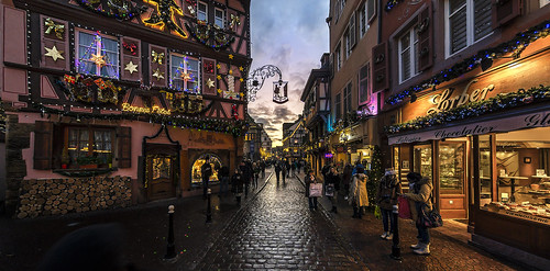 jenstischer irix11mm d800e nikon travel france old town historic scene scenery scenic streetscene streetlife city sky sunset wideangle goldenhour colors christmas xmas colmar shop