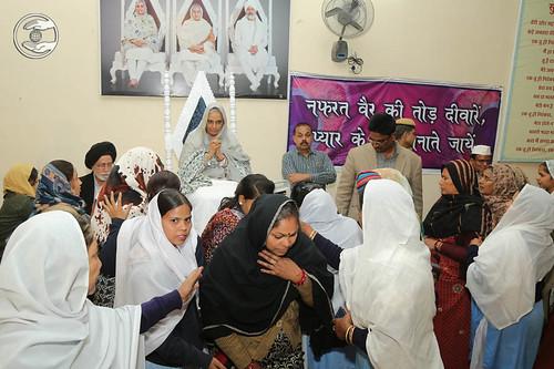 Blessings by Her Holiness at Sant Nirankari Satsang Bhawan, Mathura