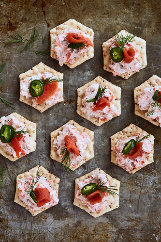 Smoked Salmon Dip {Paleo, Gluten-free, Keto} | by Tasty Yummies