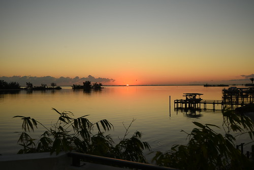 arloguthrie indianriver sunrise sebastianflorida florida nikond810 nikon1635mmf4 indianriverlagoon thecrabhouse