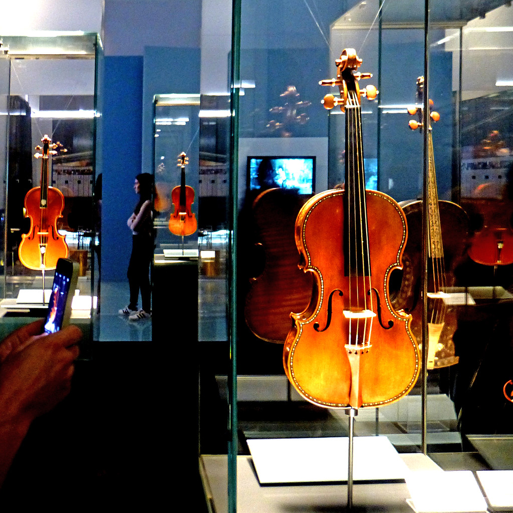 Museo Del Violino.Cremona Museo Del Violino Pom Flickr