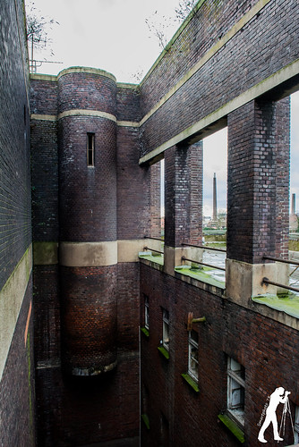 Lost Places: Die Badeanstalt   by smartphoto78