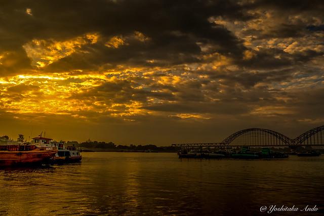 Irrawaddy Bridge / Yadanabon Bridge / Ayeyarwady Bridge