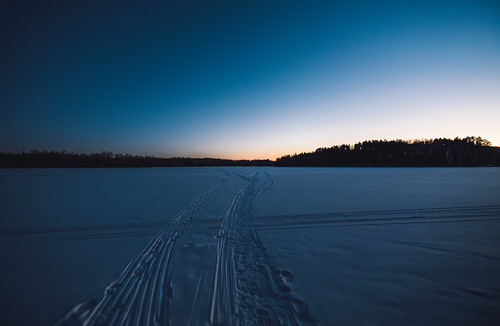 echolake mooselakestatepark frozen ice lake ski skitracks skitrail skitrails sunset tracks trail trails mooselake minnesota unitedstates us