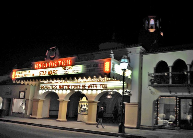 QC230153 Santa Barbara holiday lights tour State St Arlington theater crop shad100 exp100 contr-100 high-100 clar50