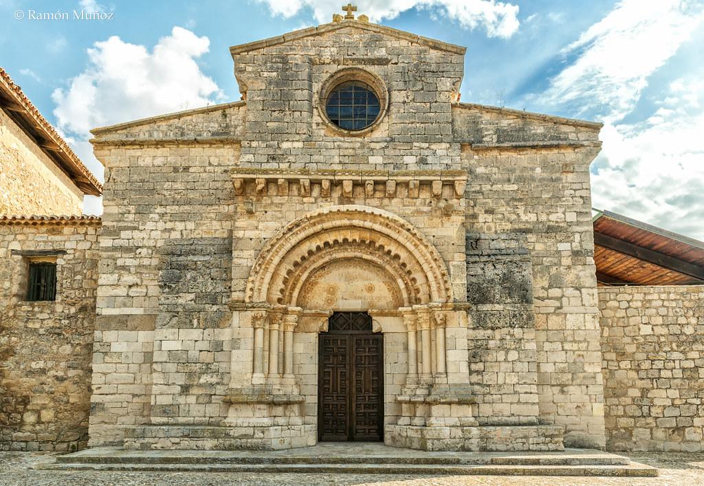 Resultado de imagen de Portada románica de la iglesia mozárabe de Wamba en Valladolid