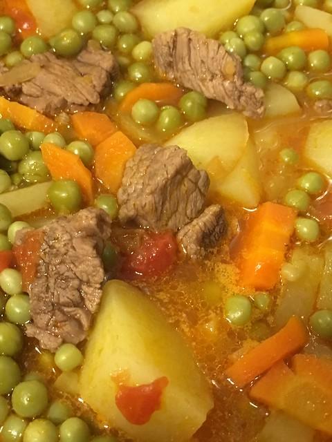 'Jardineira de legumes e carne de vaca', receita portuguesa.