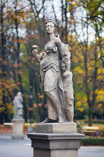 Warsaw city park Ogrod Saski