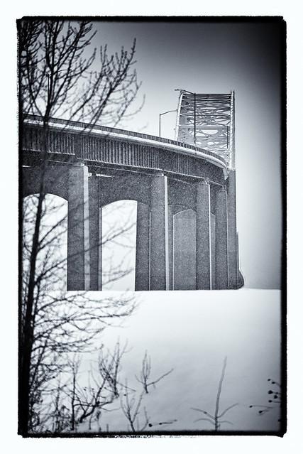 2018-01-07 7/365 Canada-US International Bridge