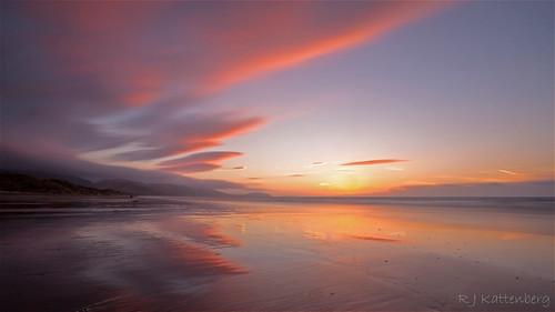 kapiti coast paradise beach sky sunset sea sand weather wind wave natural wonders cloud colour cloudsstormssunsetssunrises paraparaumu raumati northisland newzealand landscape long exposure