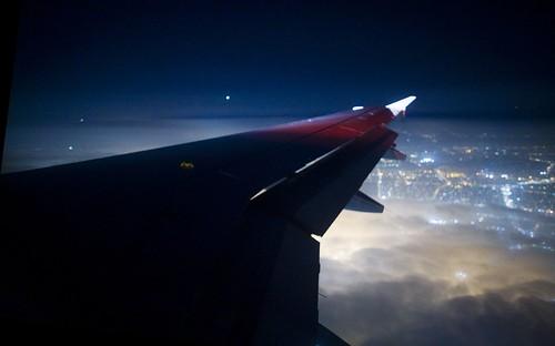 Coming Into Los Angeles   by Thomas Hawk