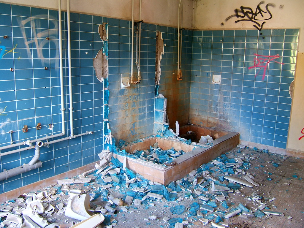 Bathroom Salle De Bain broken bathroom / salle de bain | kind of impressiv in real