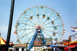 Brooklyn - Coney Island - Deno's Wonder Wheel | by wallyg