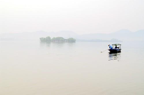 china morning lake topf25 water fog landscape boat westlake hangzhou zhejiang 浙江 25faves 1on1photooftheday