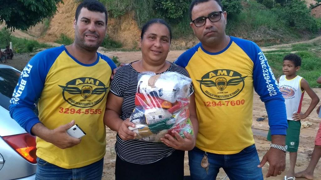 campanha de doação de alimentos dos motaxistas de itamaraju (8)