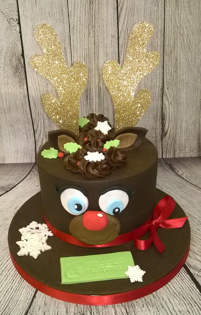 Alternative Christmas Cake.Reindeer Christmas Cake My Alternative Chocolate Christmas