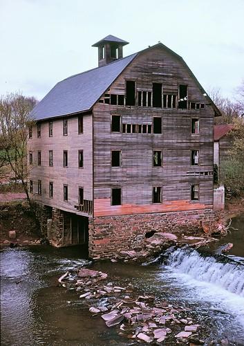 mill abandoned copyrightminingcamper raritanriver