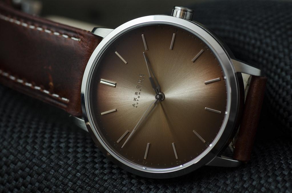 Akrone : des montres, tout simplement 25183307667_9e790c9b89_b