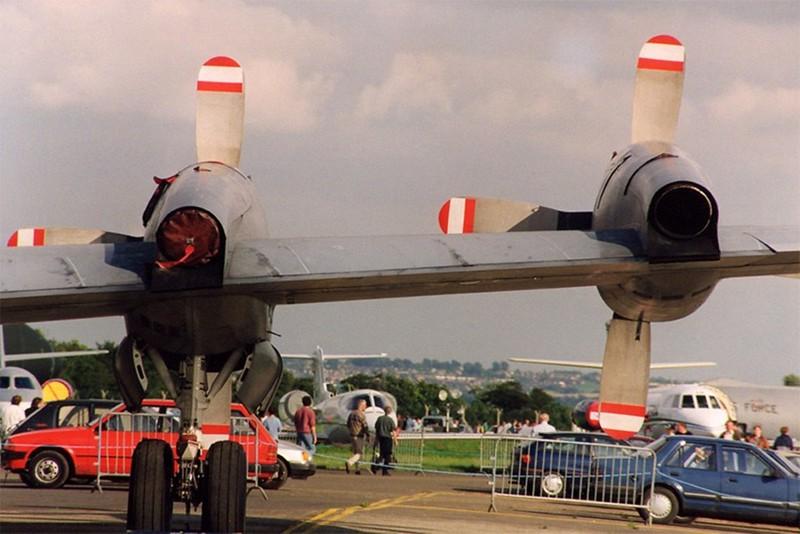 Lockheed CP-140 Aurora 5