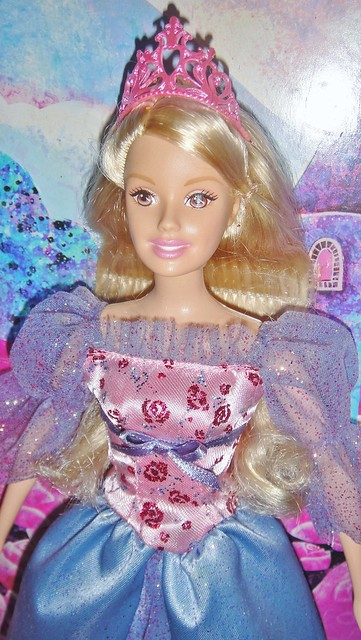 2007 Barbie as Sleeping Beauty Lights Up Vanity Set (Japanese Edition) (6)