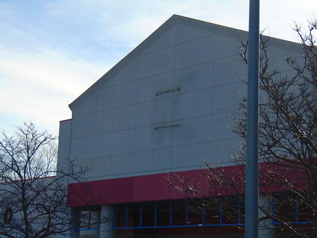 Abandoned Kmart (Cranston, Rhode Island)