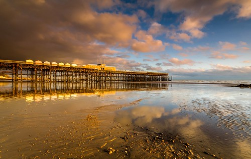 hastings pier sussex sunset beach sand sea clouds wreck ruin rebuilt hut uk england canon 80d sigma 1020mm leefilters reflection